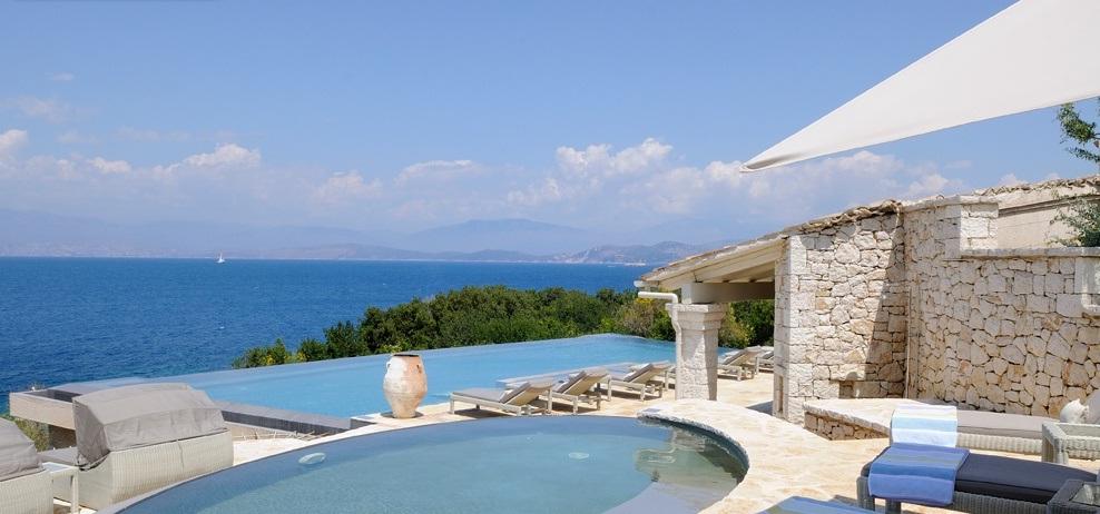 Гостиницу в остров Эгина на берегу моря недорого